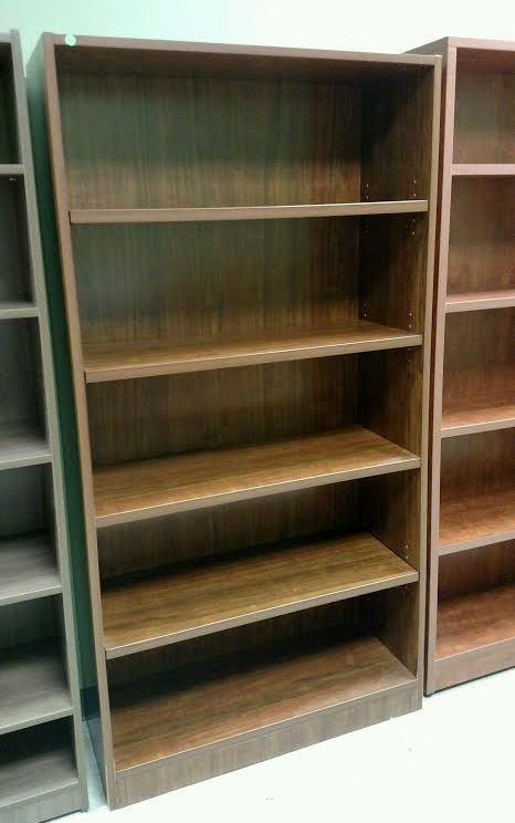 Pre Owned Indiana Furniture 72 H Bookcase Mark Downs